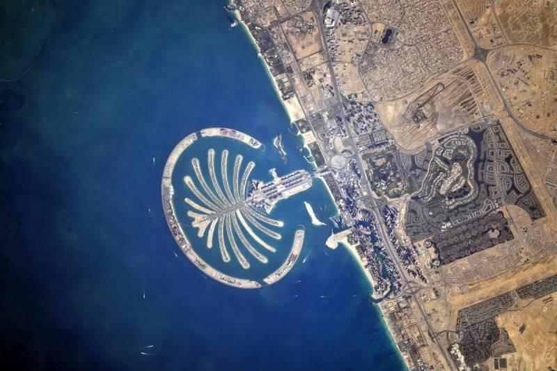 Арабские эмираты вид из космоса